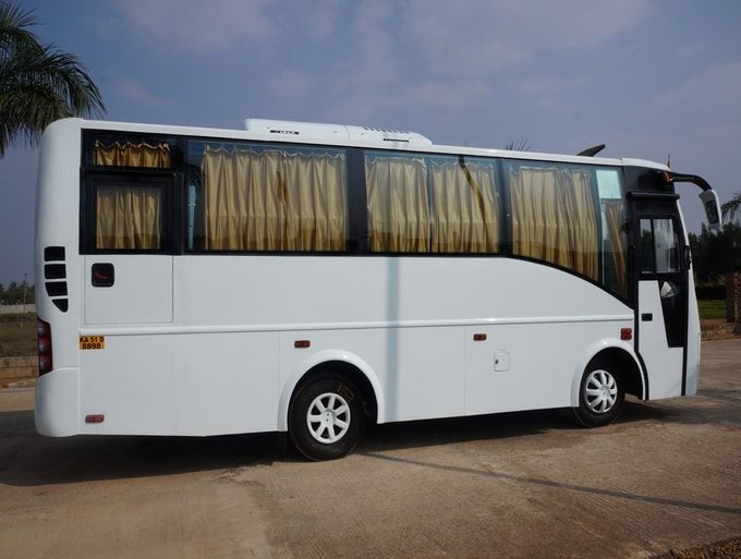 18 SEATer AC 2x2 Mini bus on hire