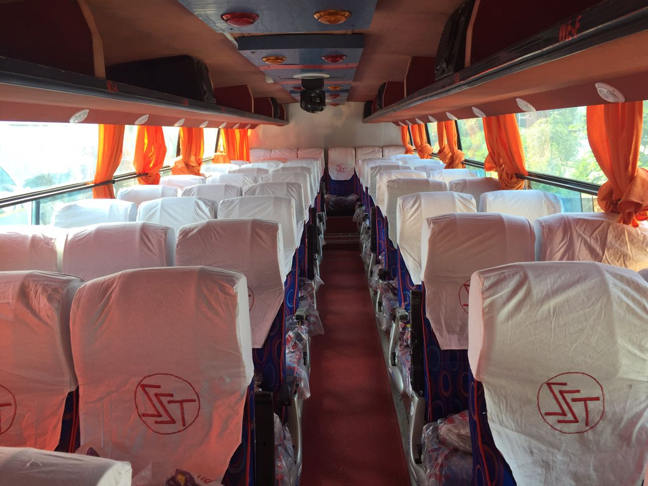 44 seating minbus hire in Ahmedabad