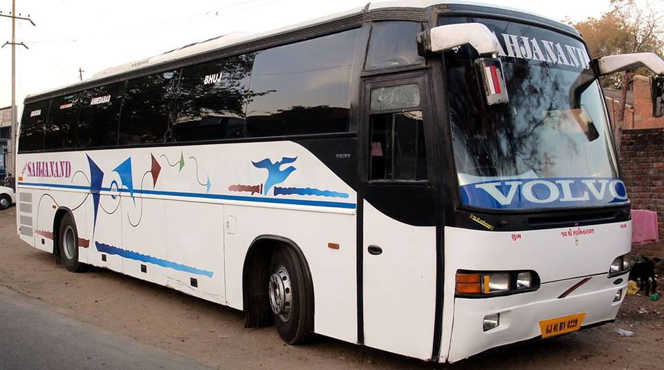 volvo bus hire india